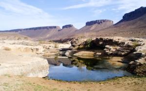 Gueltas en el Jbel Bani (Marruecos)