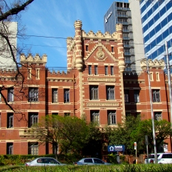 The mansion (Melbourne)