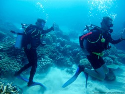 Jaime Barrallo y el Teniente buceando - Great Barrier Reef (Australia)
