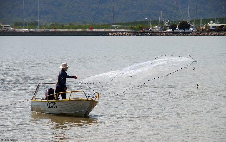 Pescador en Cairns (Australia)