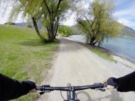 Montando en bici en Queenstown - New Zealand