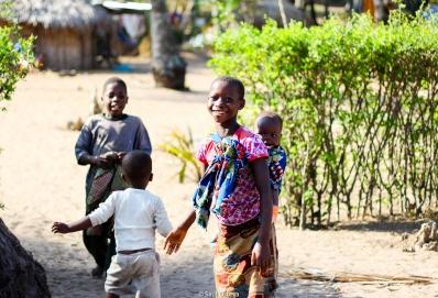 Niños en las aldeas de Quissico (Mozambique)