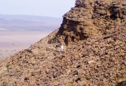 Ascendiendo el Jbel Bani - Sáhara (Marruecos)