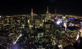 Skyline nocturno de Manhattan desde el Top of The Rock