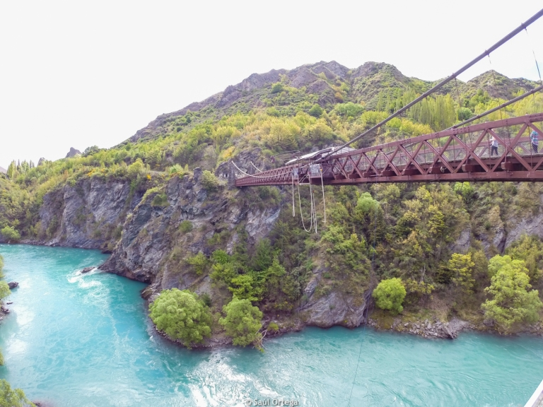 Primer bungee del mundo, el Kawarau Gorge Suspension Bridge - New Zealand