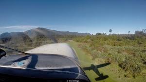Saliendo del parque en avioneta. Cómo si no? - Hollyford Track - New Zealand