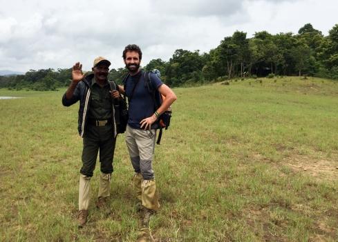 Mi barba y el guía - Periyar Tiger Trail - India