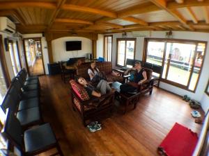 Salón en el House Boat, cómodo y confortable - Kerala - India