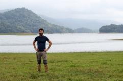 Mi barba en medio de la nada - Parque Nacional Periyar - Kerala - India