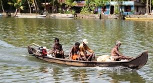 Pescadores en Alappuzha - Kerala - India